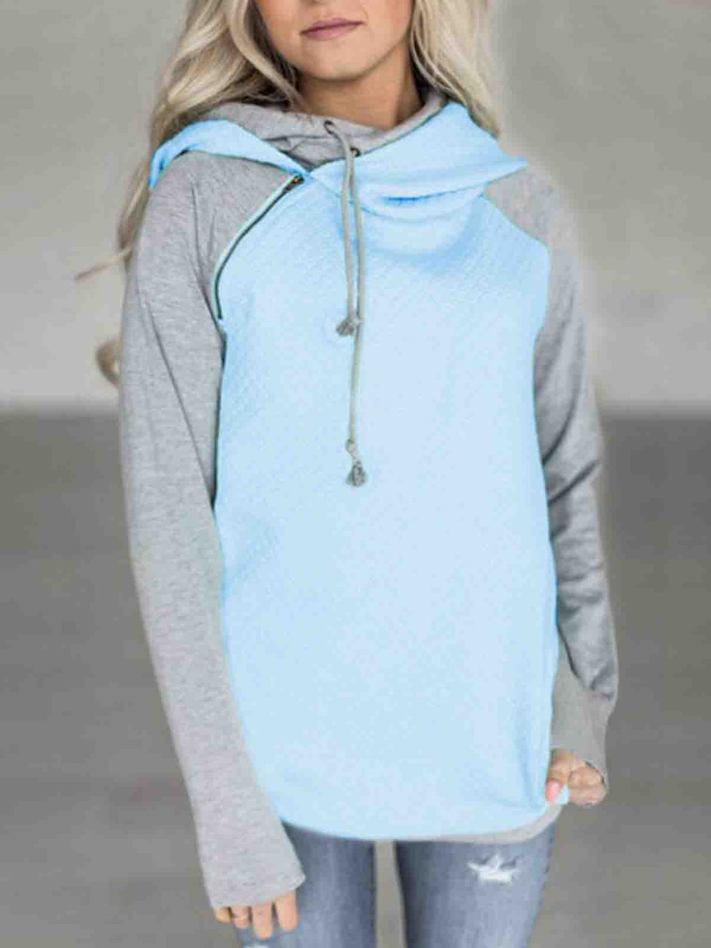 Womens Hooded Long-Sleeved Sweater