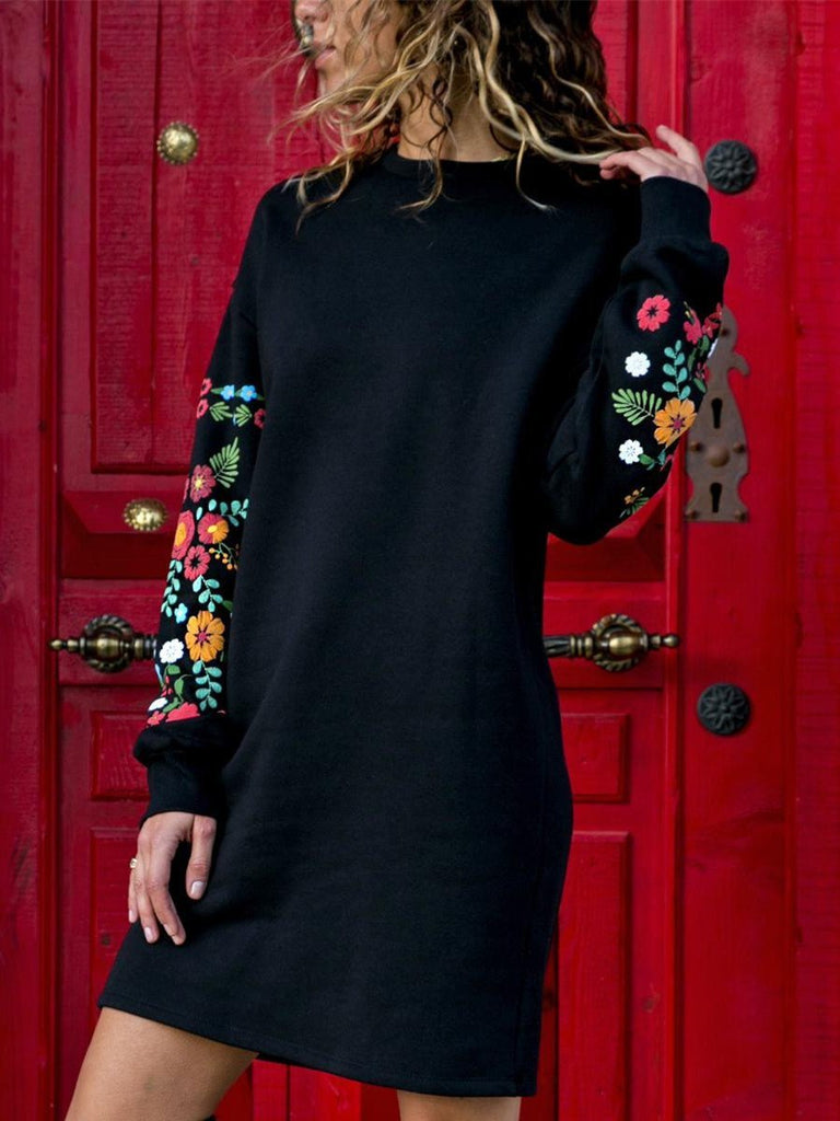 Round Neck Loose Long Sleeve Printed Dress