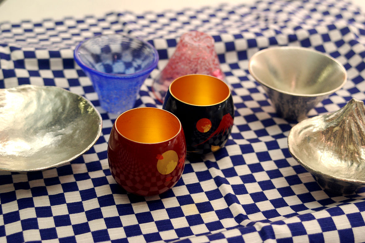 Good Fortune Tableware to Bring Good Luck, Japanese Beautiful Traditional Craftwork