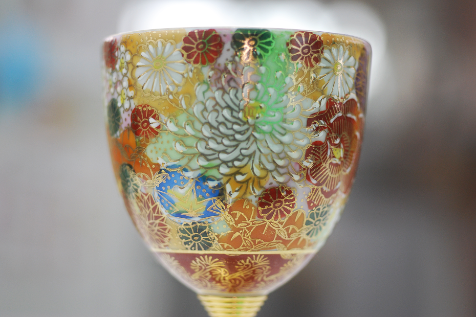 Giving these paired wine glasses with traditional Kutani Hanazume Painting on Mother's Day