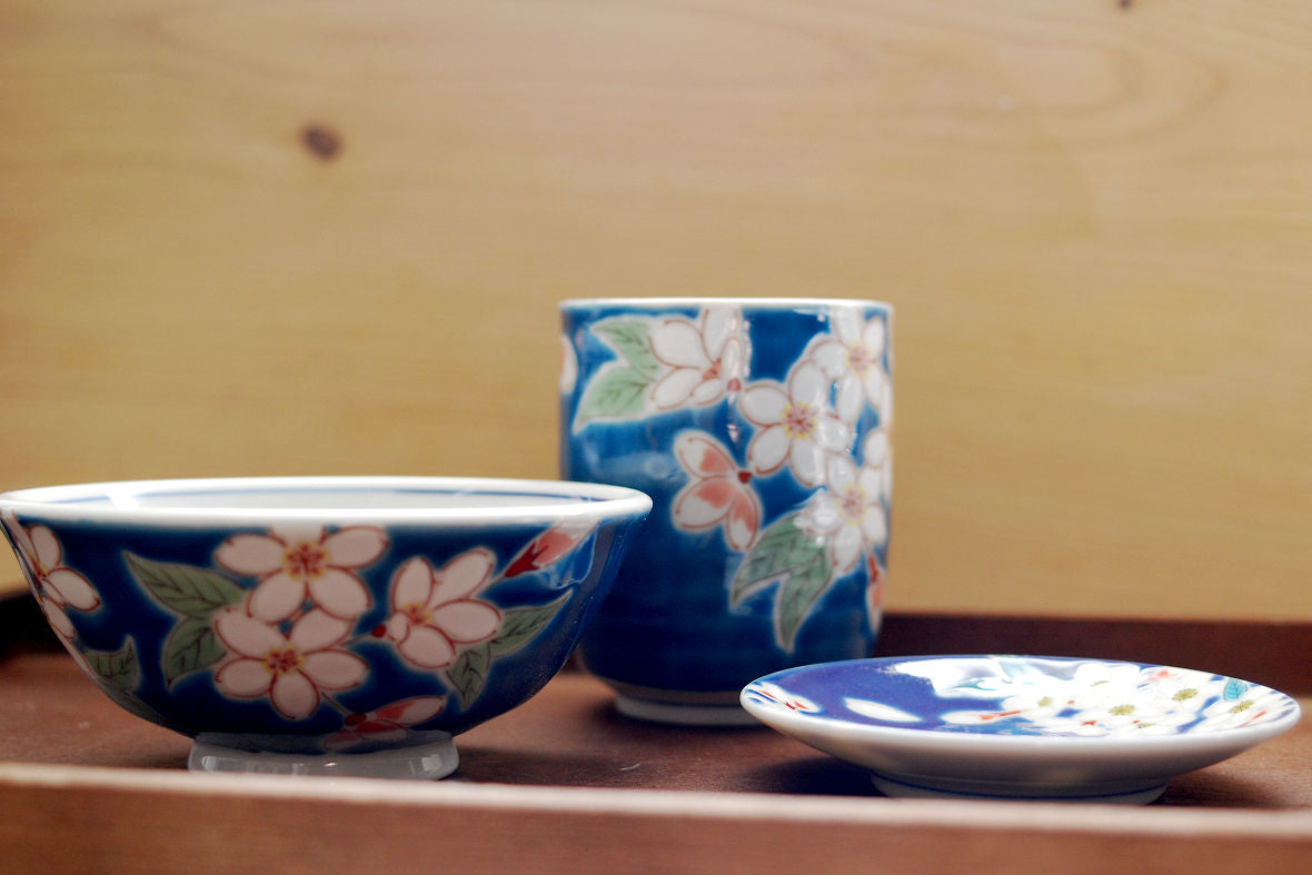 Craftwork with Sakura motifs that brings the sign of spring.