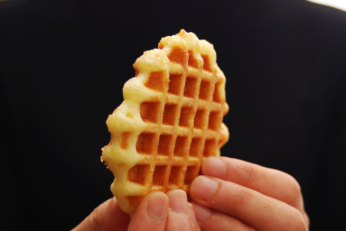 If you have a waffle iron, you can enjoy freshly baked waffles at home any time.