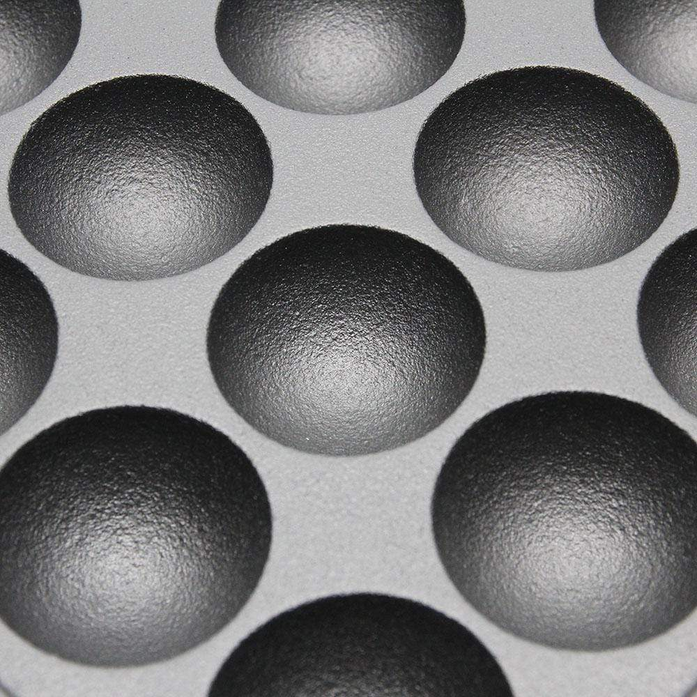Seieido Cast-Iron 16-Ball Takoyaki Pan - Globalkitchen Japan