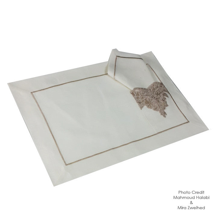 Chic Beige Pocket Place Mat and Napkin Set