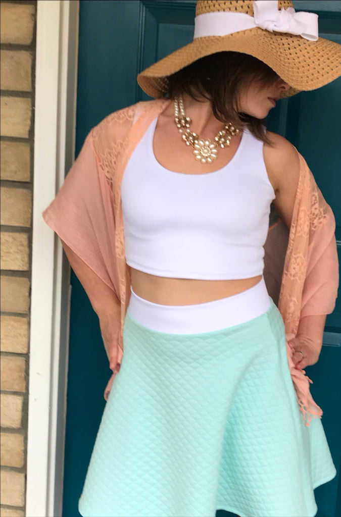 Quilted knit jumps into spring with this fun Mama Cassie Hack twist!