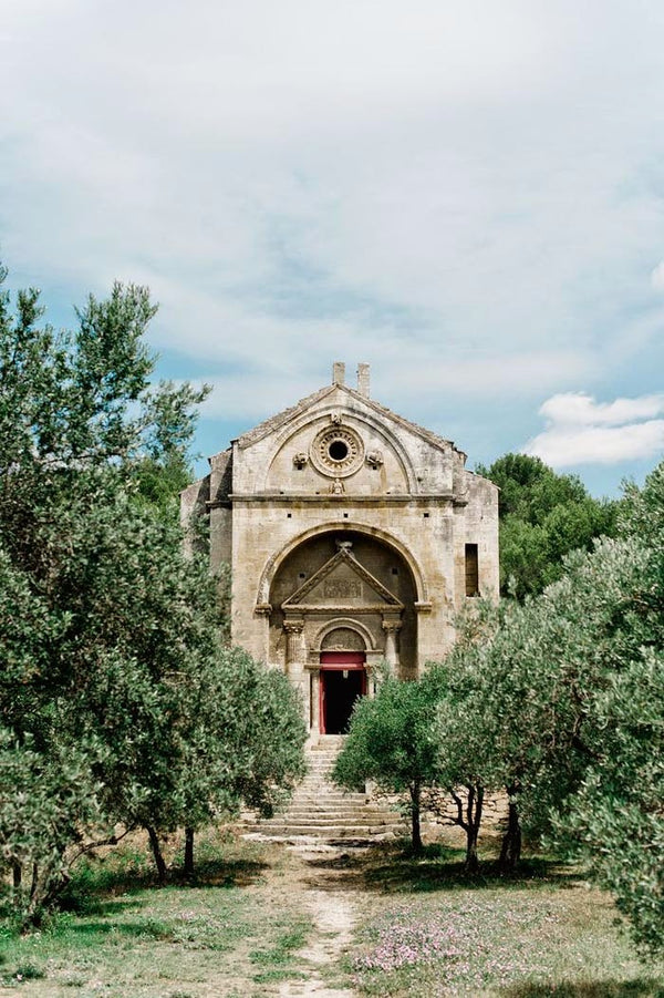 Classic Summer Provence Wedding featured on Style me pretty