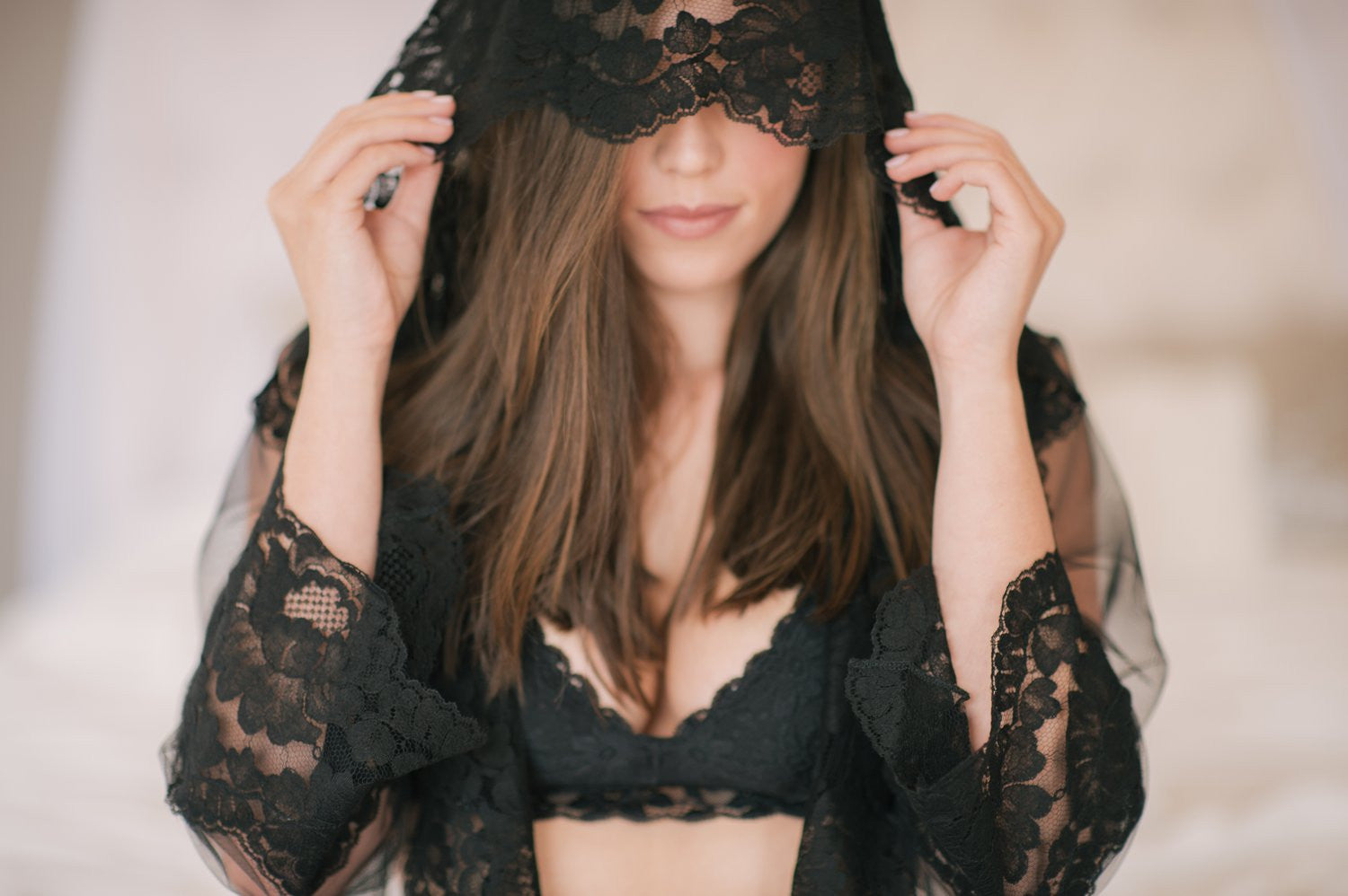 Amalfi Boudoir Hooded Tulle & French Lace Robe kimono - style R400