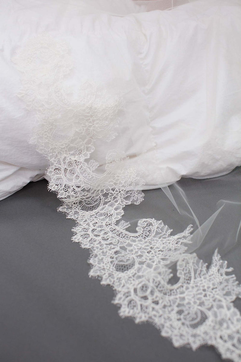 AMANDA DELICATE AND SHEER ALENCON LACE VEIL IN IVORY Off white Floral Bridal Cathedral