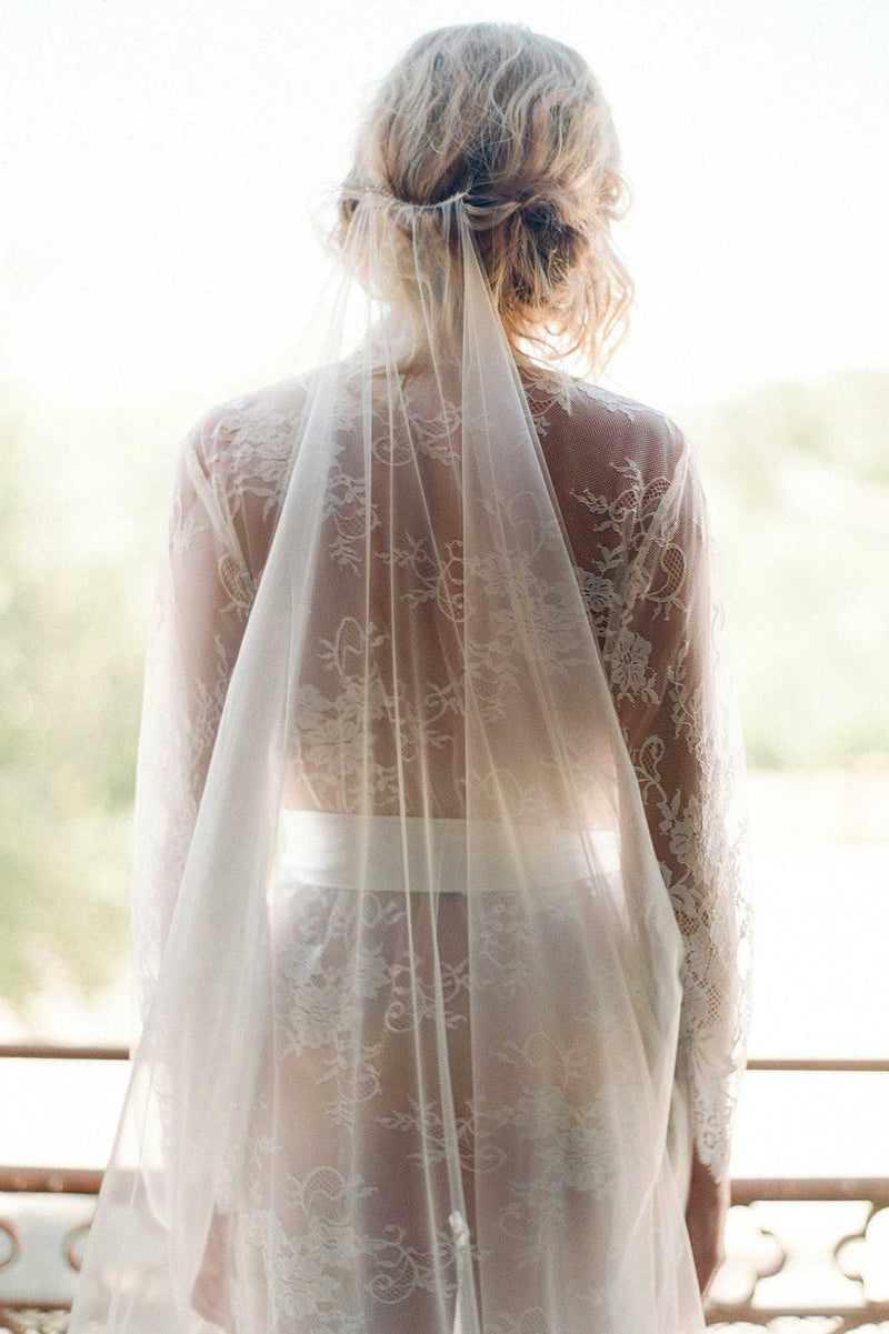 Dreamy single layer luminous Italian tulle veil - style V3221
