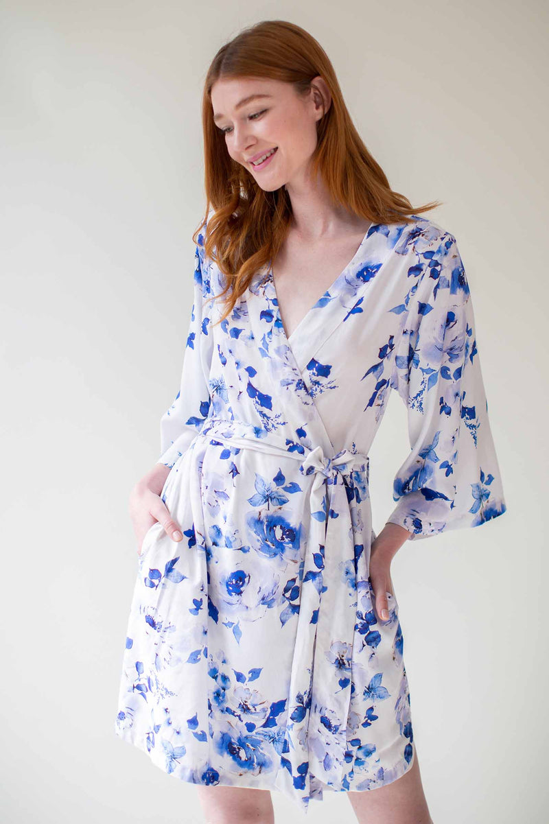 Botanical love Bridesmaids Robes Bridal Robe in blue floral