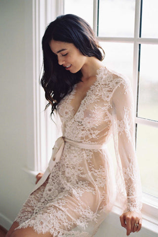 Camellia hooded lace robe
