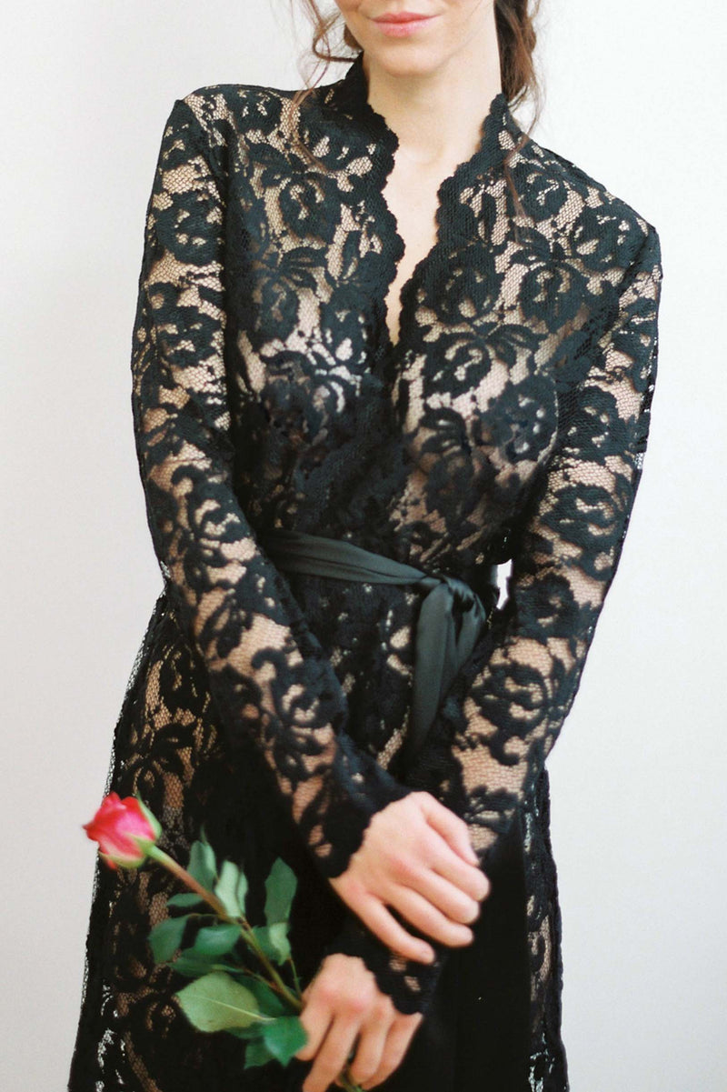 Lauren Stretch French Lace Robe in Black