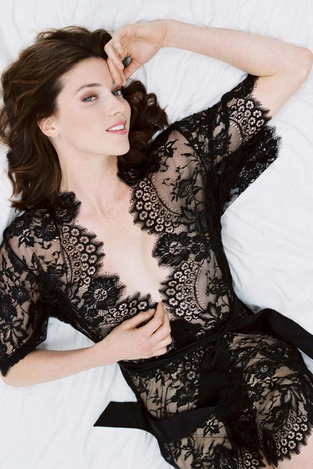 Swan Queen boudoir lace kimono robe in black - style 102