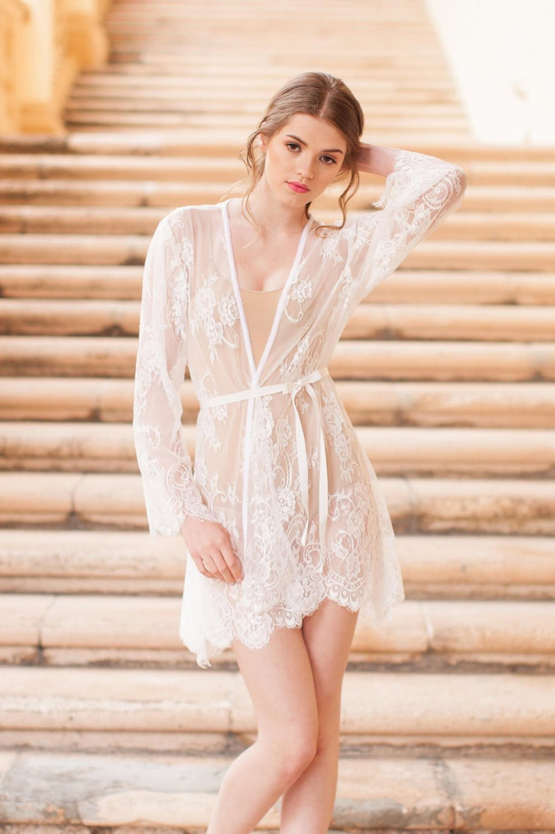 Boudoir Bridal Lace Robe in Ivory wedding venue