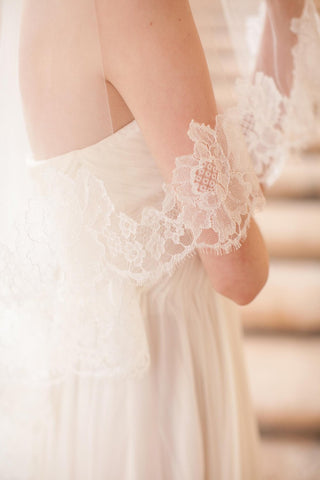 Sublime silk tulle veil in ivory or off-white