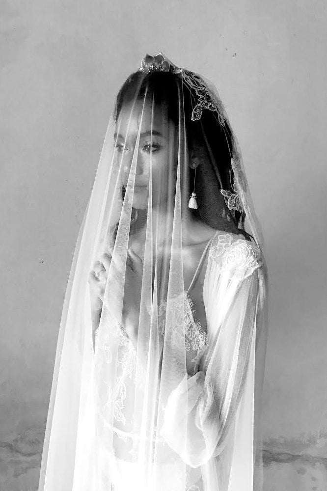 Sally French lace and dreamy tulle single layer veil