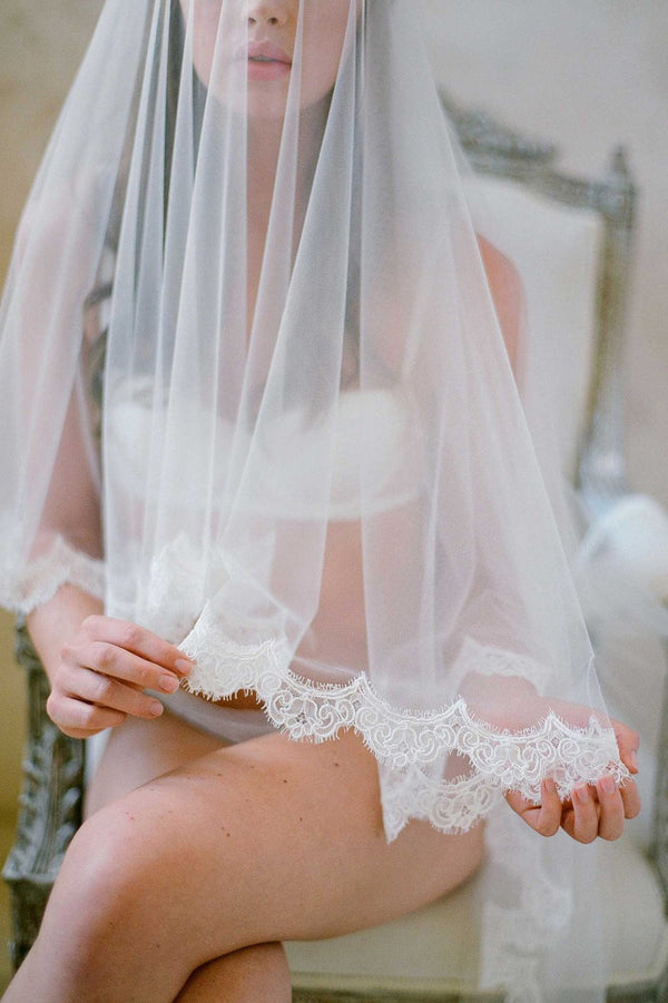 SOPHIE FRENCH LACE SCALLOP BLUSHER VEIL with comb ivory off white cathedral