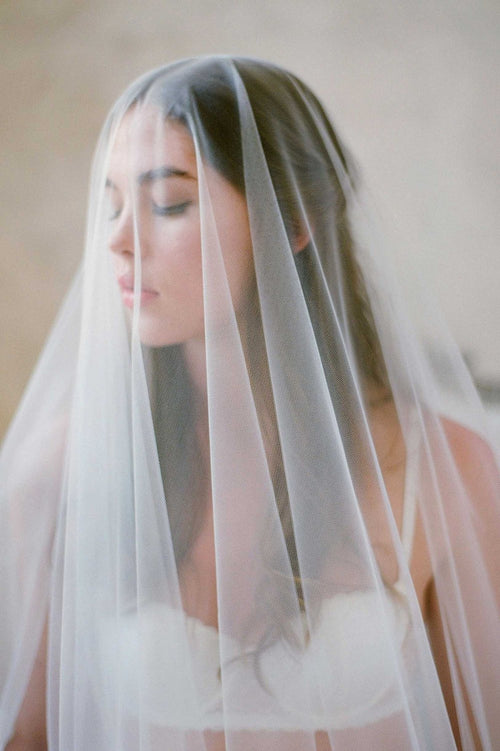 SOPHIE FRENCH LACE SCALLOP BLUSHER VEIL - STYLE V73B