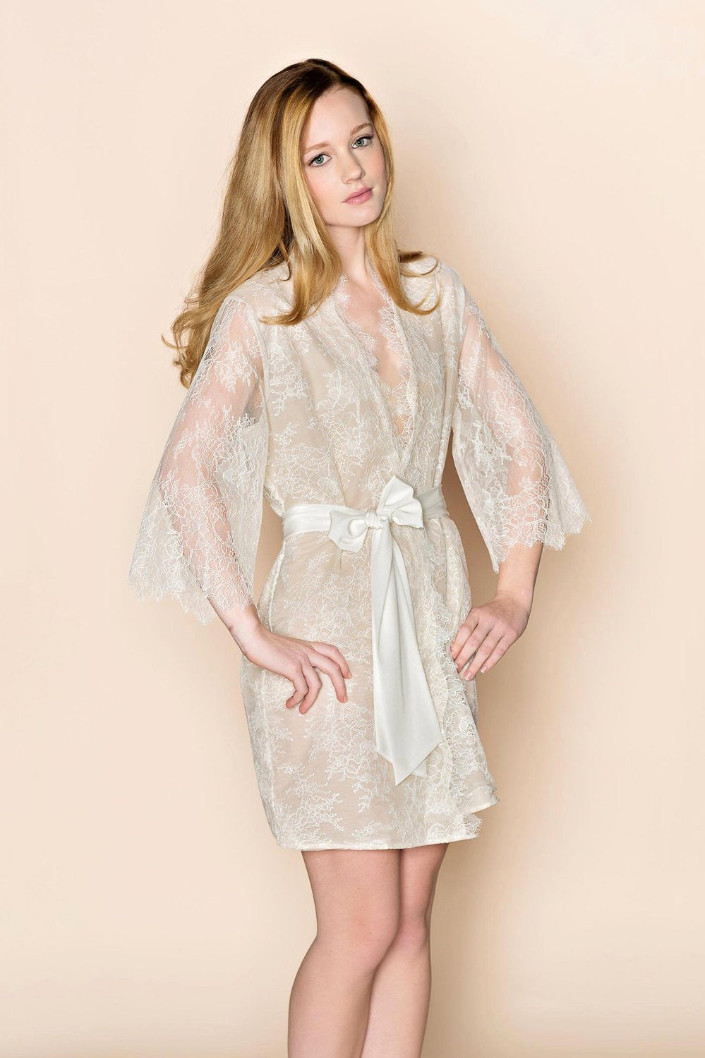 THE ODETTE LACE & SILK LINED BRIDAL KIMONO ROBE