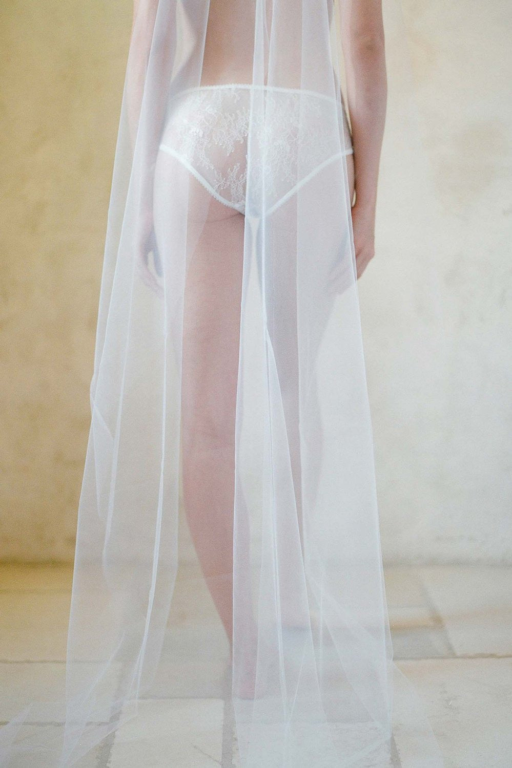 BREEZY SINGLE LAYER VEIL - STYLE V91