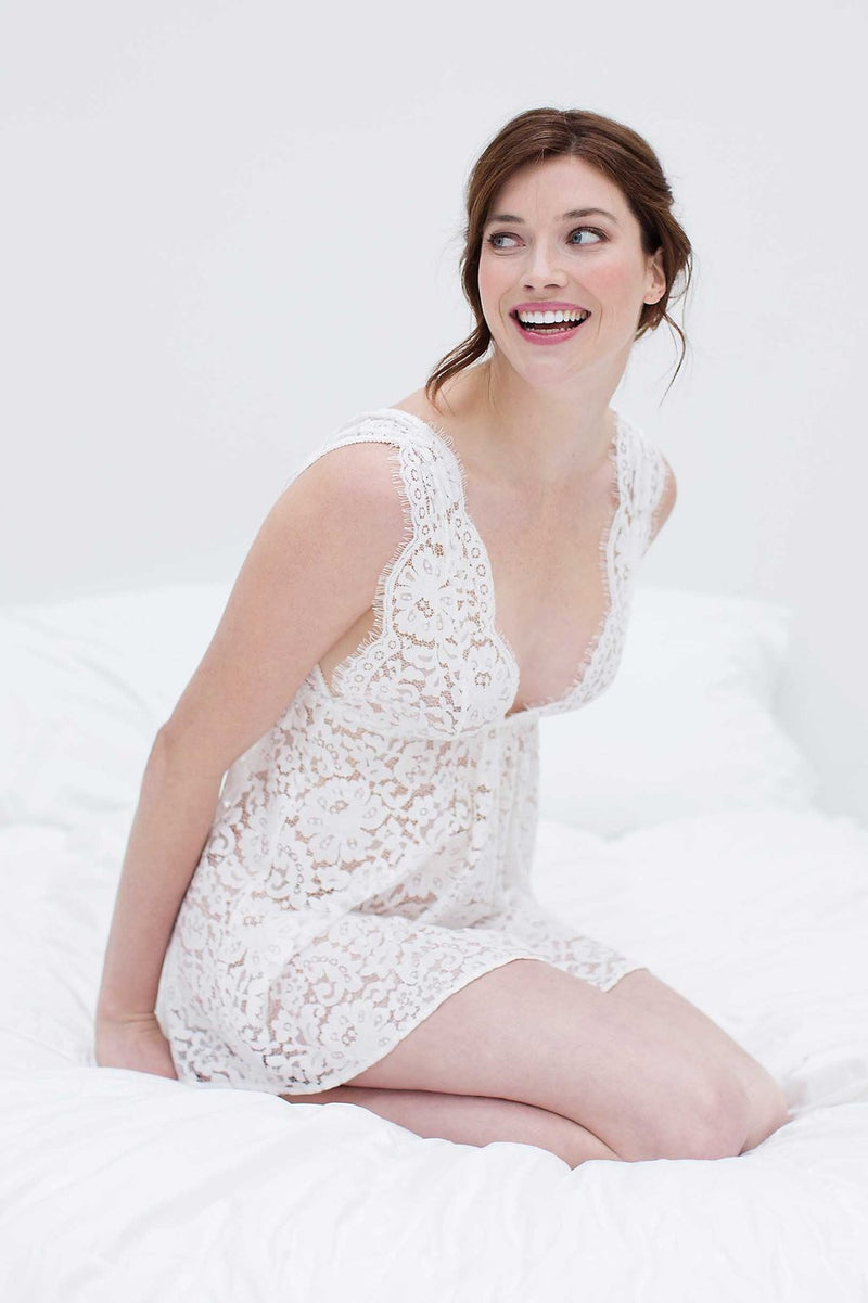 ELIZABETH LACE CHEMISE IN OFF-WHITE