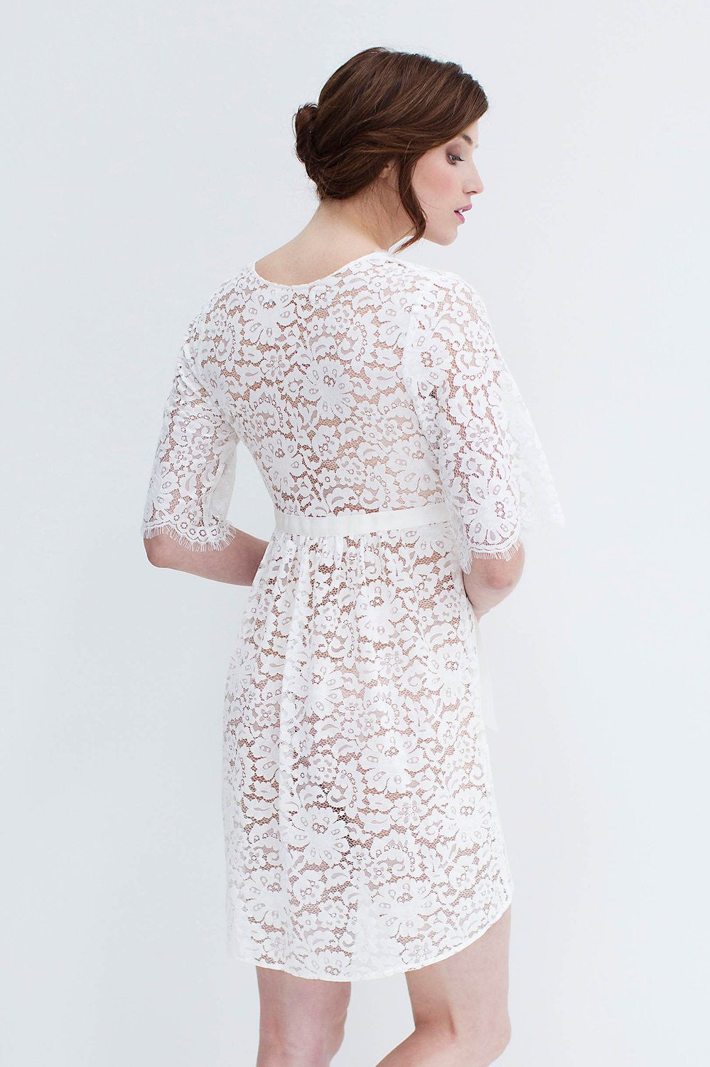 ELIZABETH LACE ROBE IN OFF-WHITE - STYLE 120