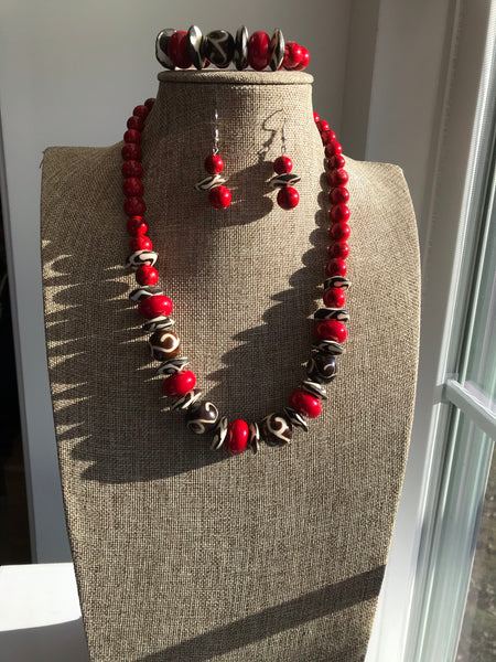 Kari's Collection Beautiful African Beads & Red Howlite Necklace Set
