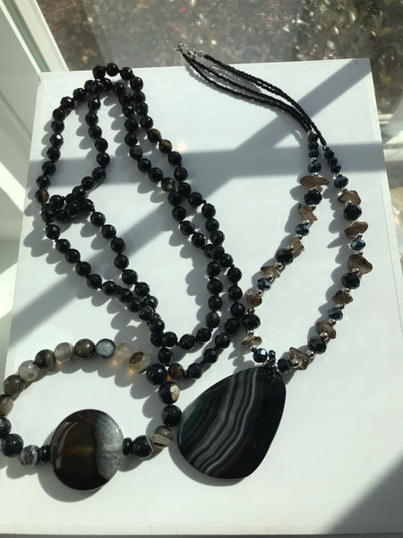 Agate/Crystal Necklace Set