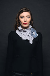 Áine Knitwear Small Floral Collar.... Light Grey -  Aine