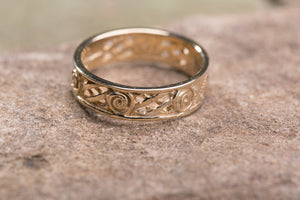 10K Celtic Spiral Ladies Wedding Band