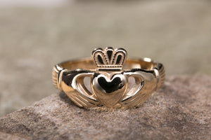 Mens 14K Claddagh Ring