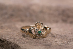 Ladies 14K Claddagh Ring set with Emerald and Diamonds