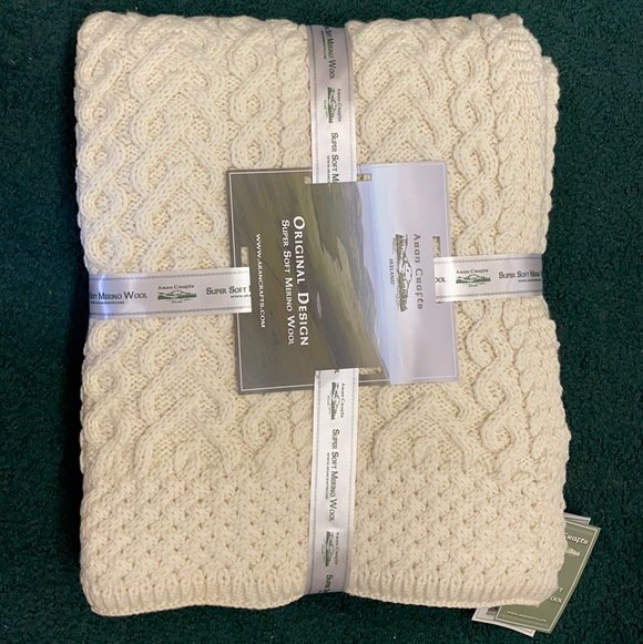 Aran Cable Knit Super Soft Merino Wool Blanket/Throw