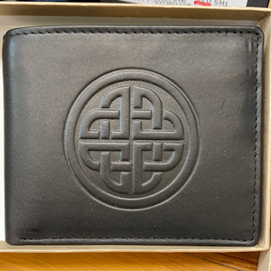Leather Wallet with a Celtic Eternity Knot Black