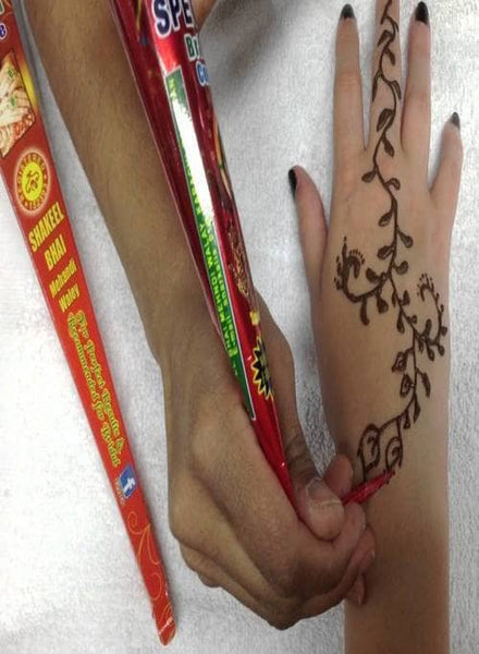Indian Grocery Store - Black Henna Mehendi in Cones - Singal's