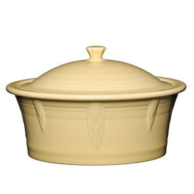 2.81 Qt. Round Covered Casserole Color: Ivory