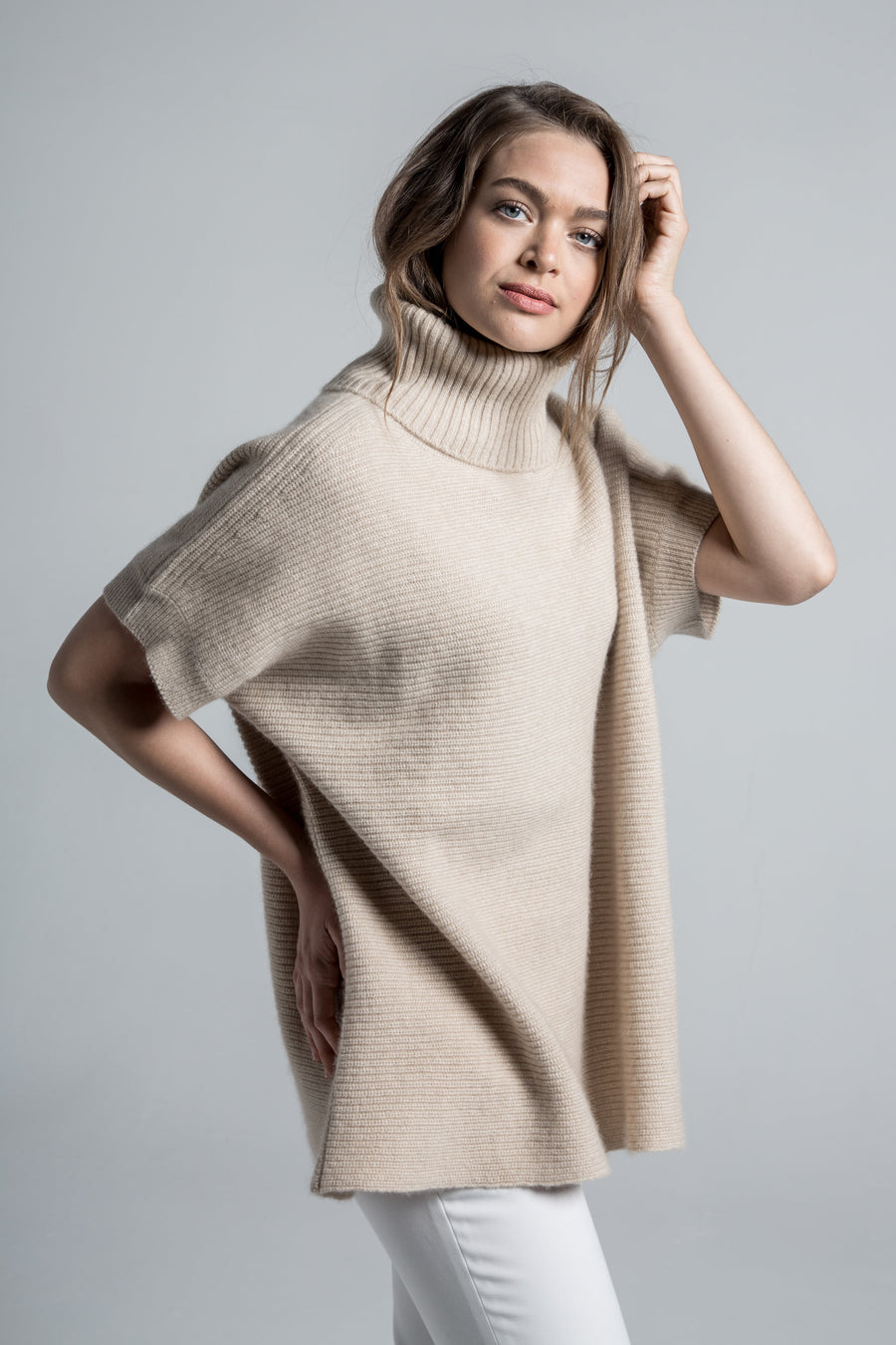 womens claire chunky knit oversized 100% pure organic cashmere turtleneck sweater in tan beige