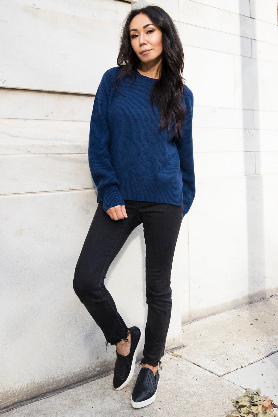 pine cashmere betsy trendy women's 100% pure cashmere crewneck sweater in blue