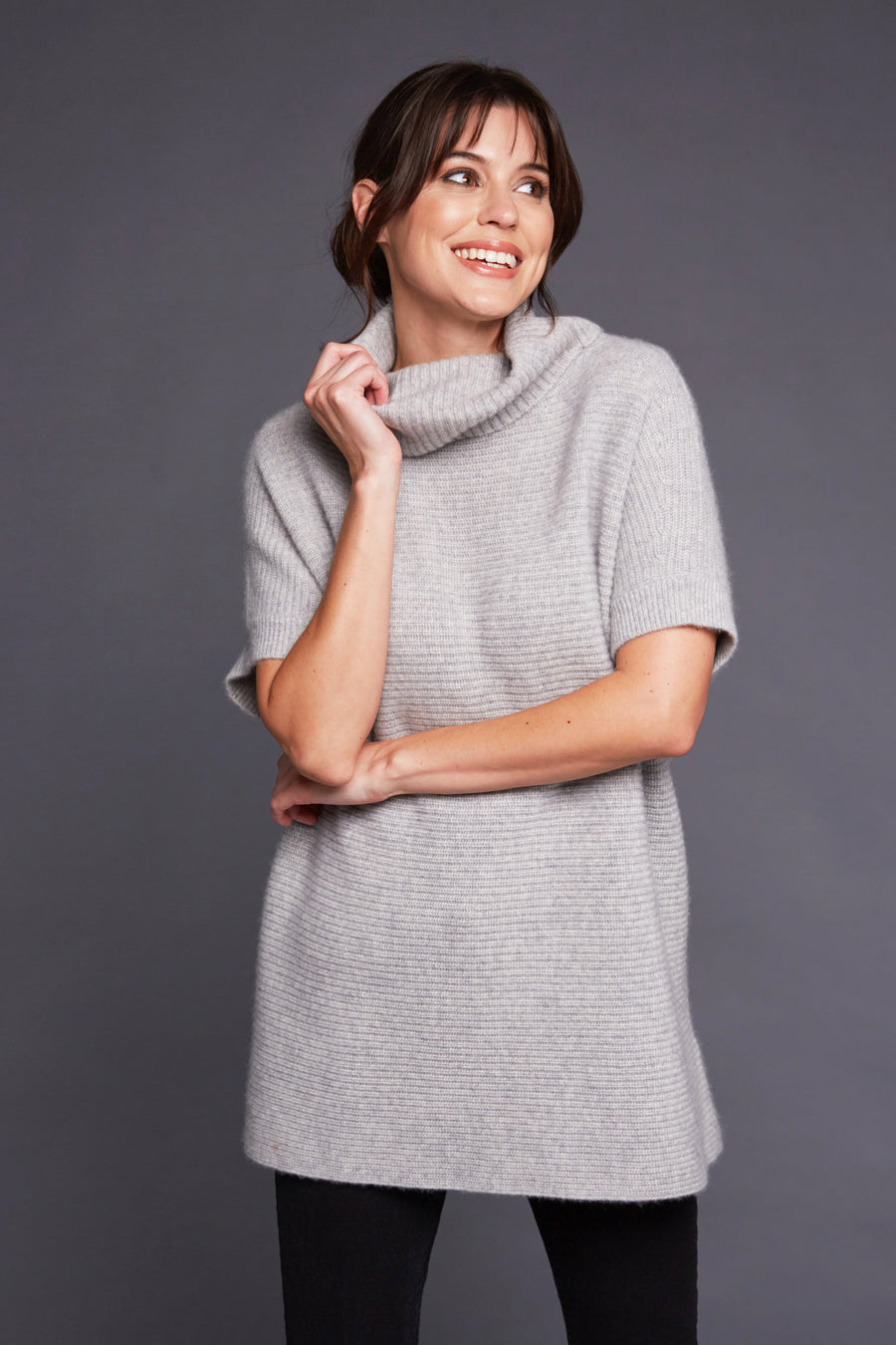 womens claire chunky knit oversized 100% pure organic cashmere turtleneck sweater in grey