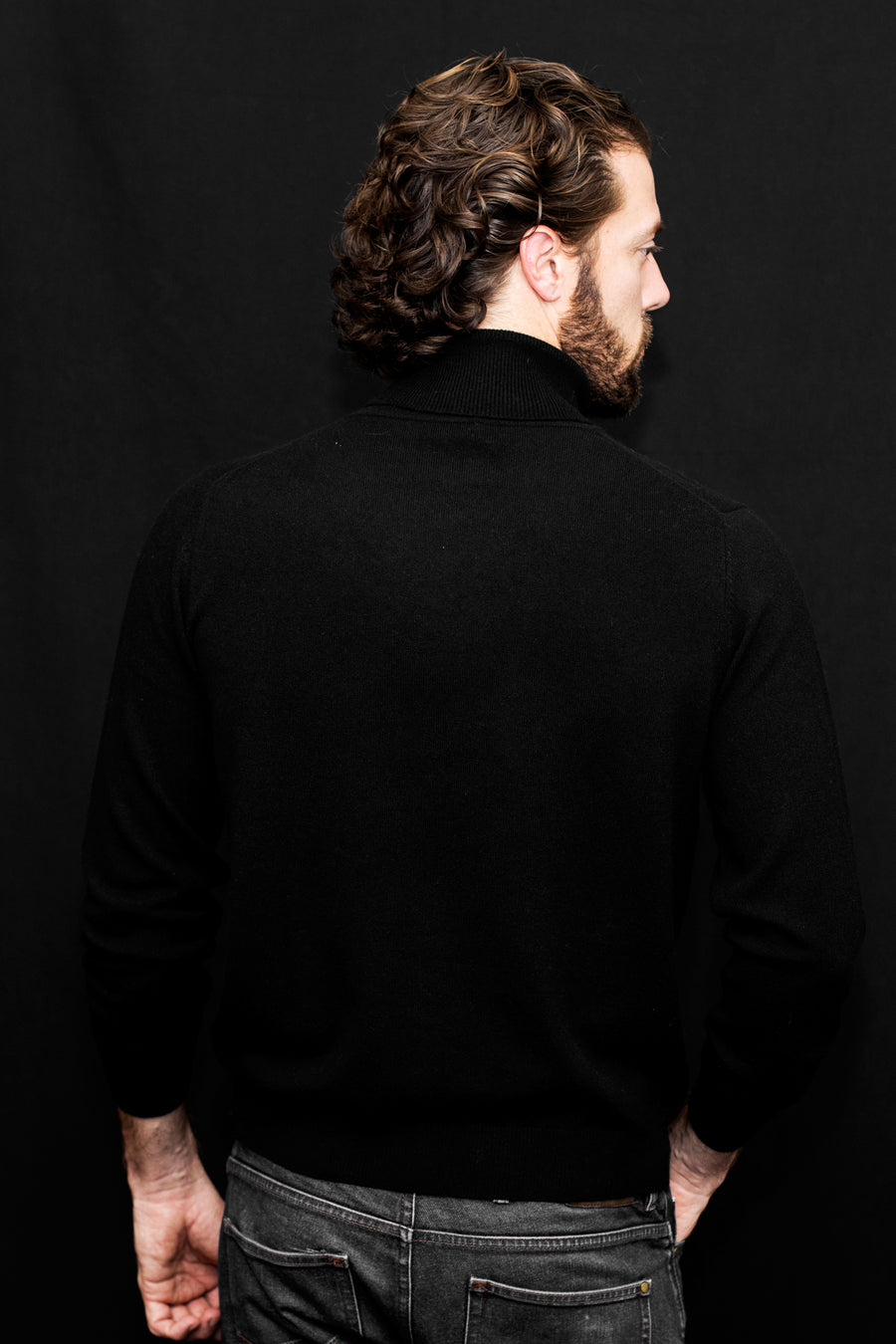 pine cashmere mens classic 100% pure cashmere turtleneck sweater in black