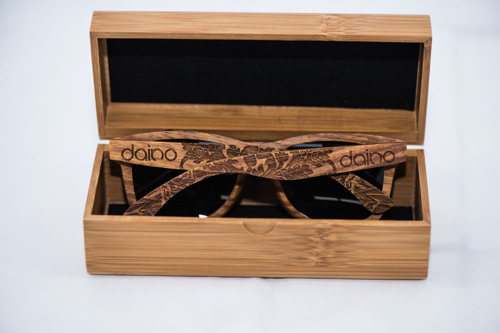 Polarized Kosso Wood Sunglasses - Engraved - Daino Wood