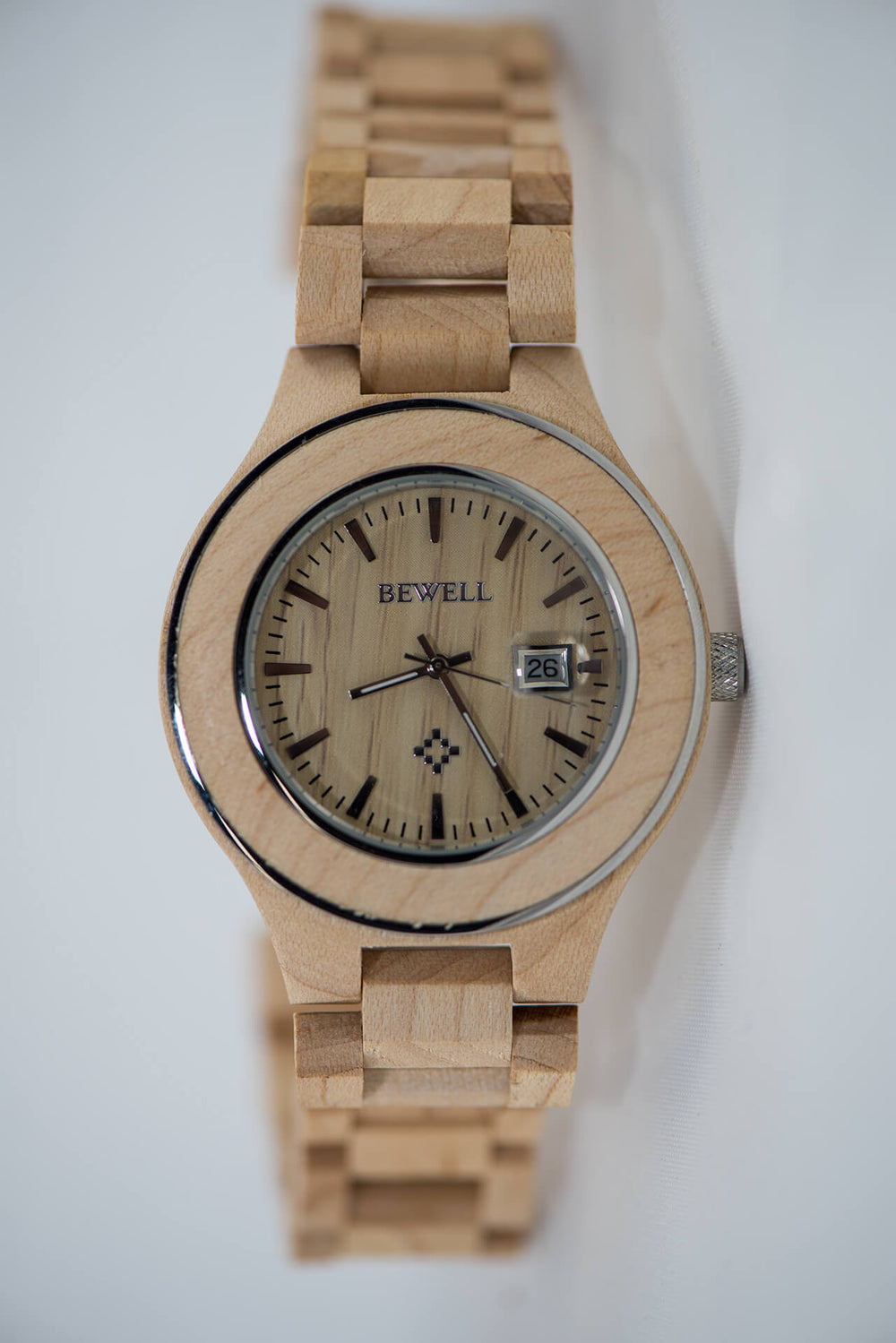 Maple Wood Watch - Round Bezel - Daino Wood