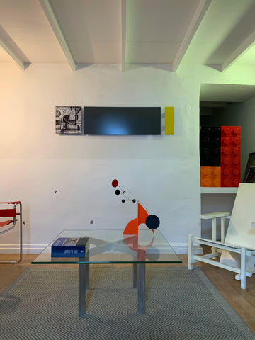 Moderne Stabile in client home - by AtomicMobiles.com