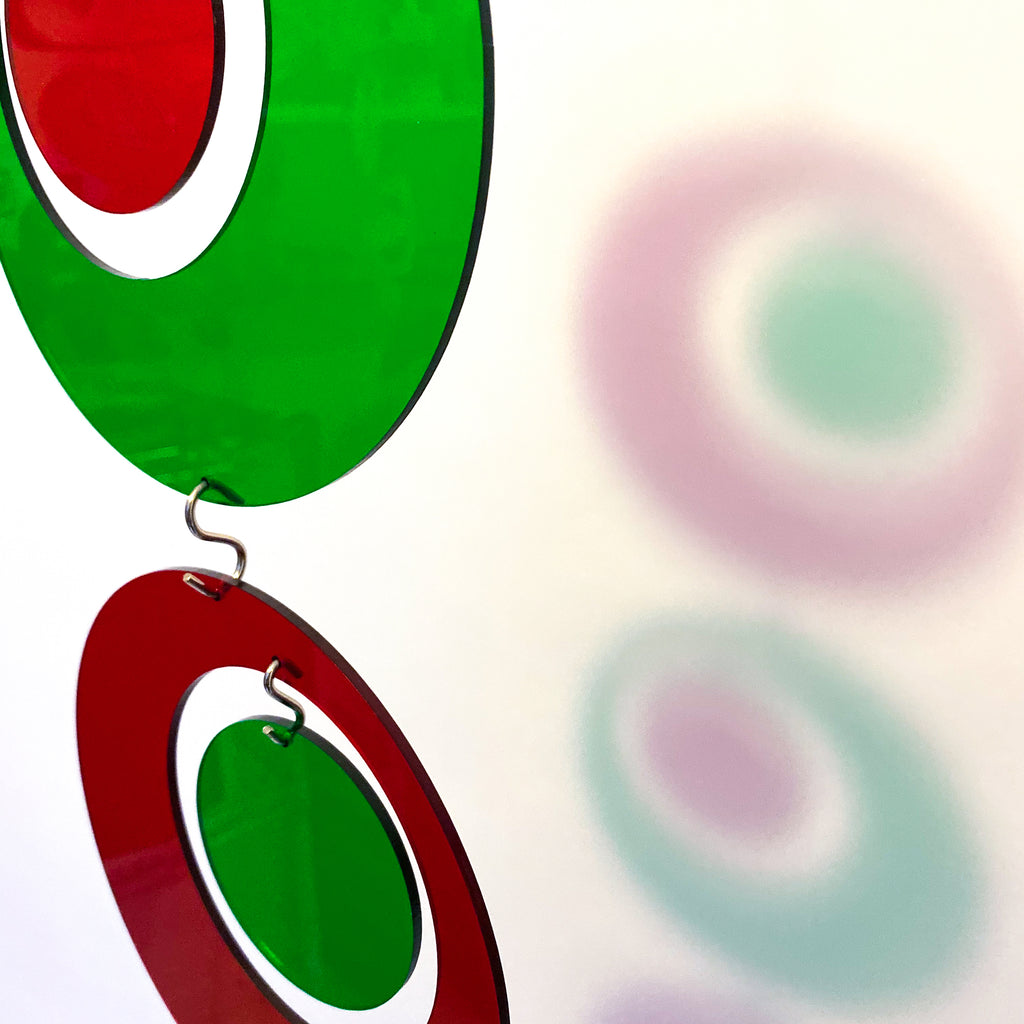 Closeup of red and green mid century modern DIY KIT for lovely Christmas decoration - Groovy by AtomicMobiles.com