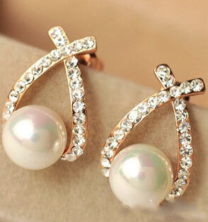 Crystal Rhinestone simulated pearl Bowknot Design Girls Ear Stud