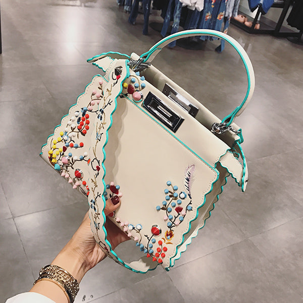 2017 Summer Women Peekaboo Bag Embroidery Famous Brand Designer Tote