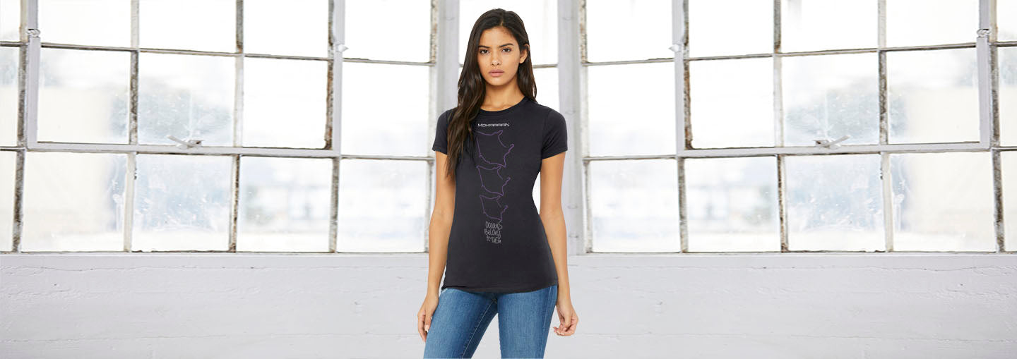 Manta Ray Crew Neck Diving Tee for women