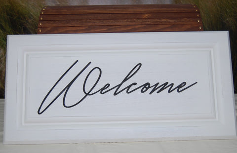 2320 Welcome sign