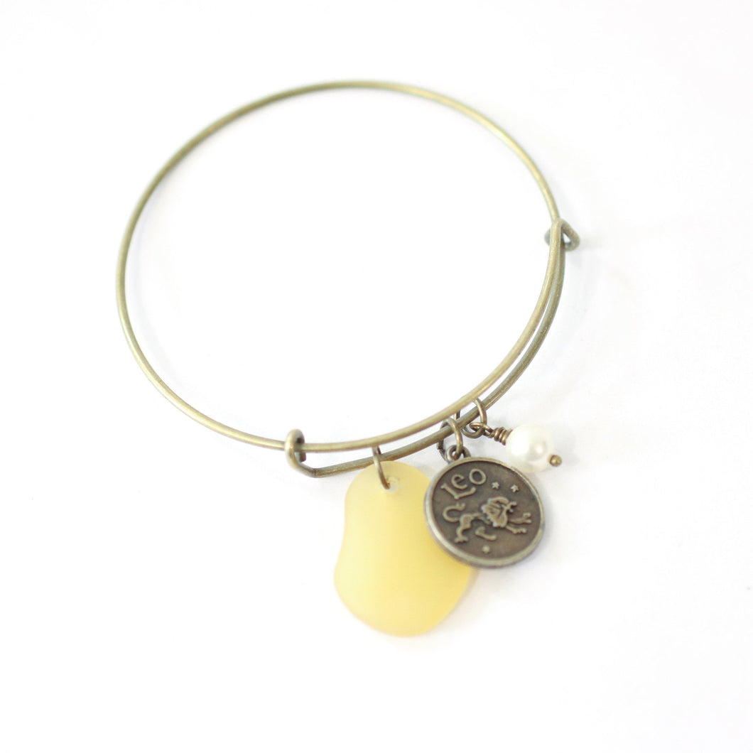 Bracelet - Bronze Leo Bracelet - Yellow Sea Glass, Swarovski Pearl And Antique Brass - Simple Zodiac Accessory - One Size Fits All - Zodiacharm - Clay Space