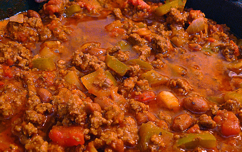 You'll Love this Sweet and Spicy Chili Cooked in Clay!